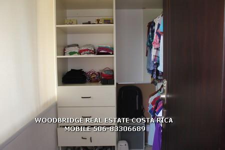 COSTA RICA BIENES RAICES CASAS EN VENTA SANTA ANA HACIENDA DEL SOL/WALK-IN CLOSET